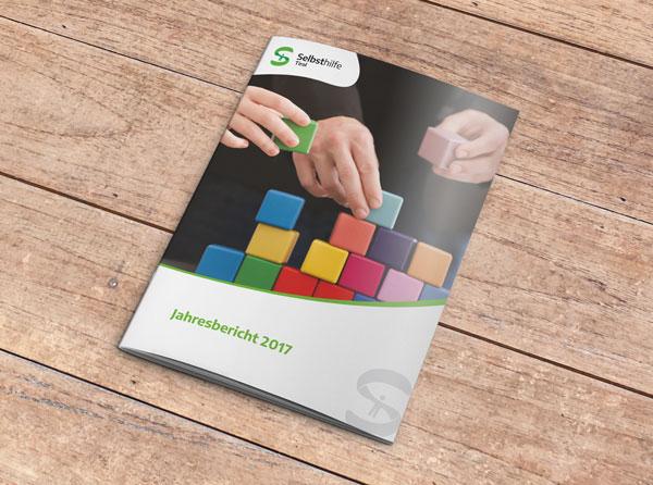 Cover vom Jahresbericht 2017 der Selbsthilfe Tirol