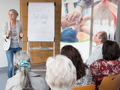 Die Selbsthilfe Tirol veranstaltet Seminare für ihre Mitglieder.